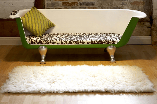 audrey hepburn bathtub couch breakfast at tiffany's inside Holly Golightly's Apartment