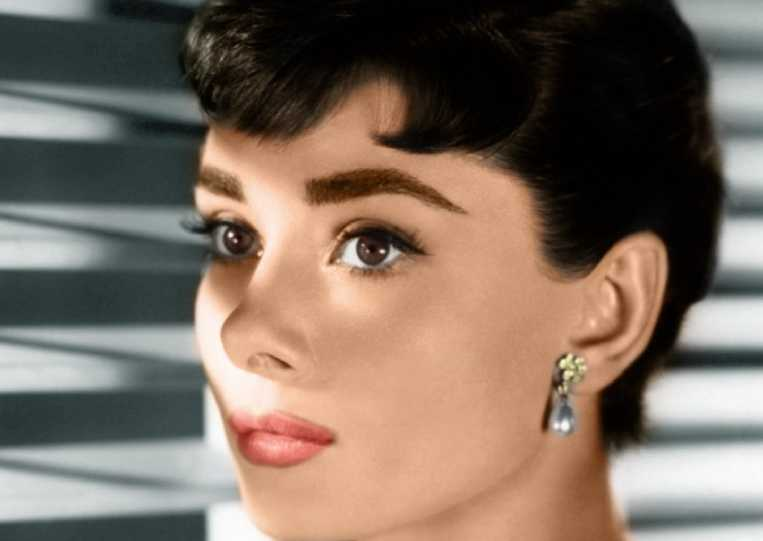 How To Get Perfect Audrey Hepburn Eyebrows