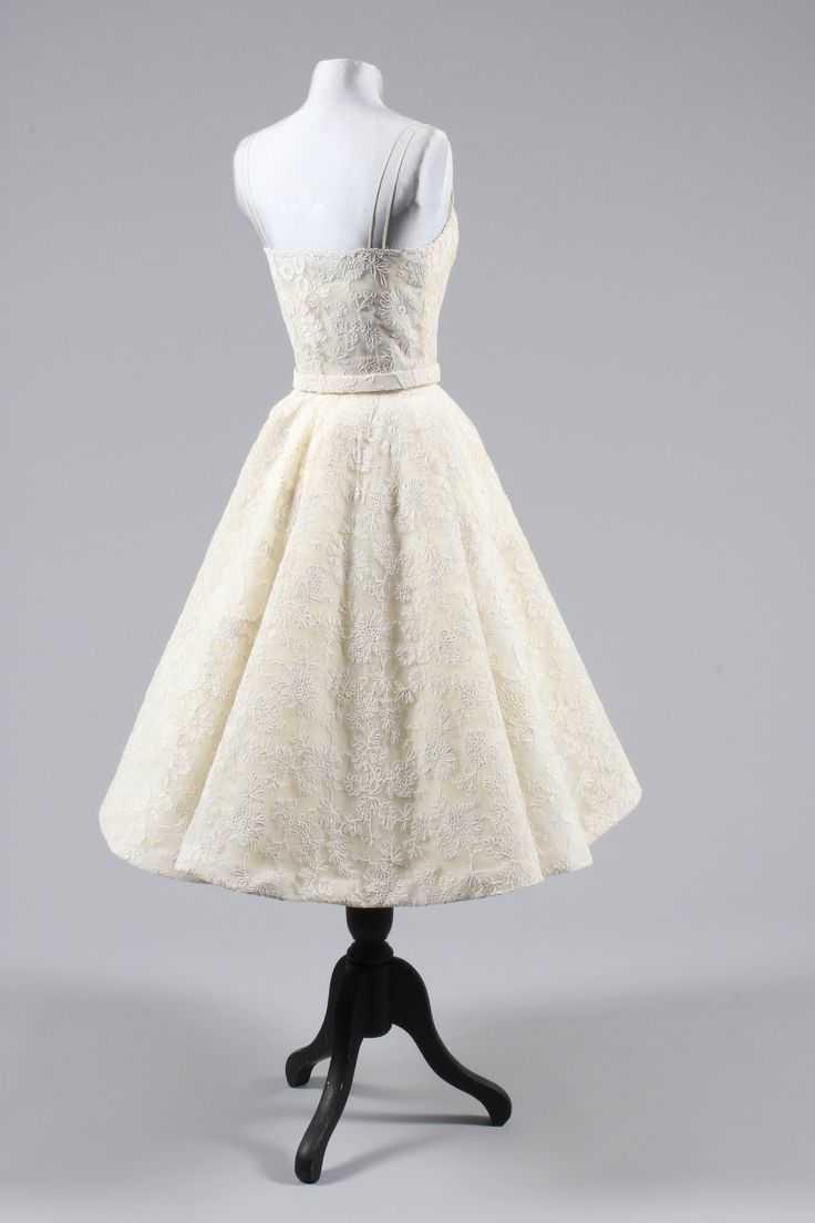 Audrey Hepburn Oscar Dress Back Side
