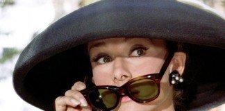 audrey-hepburn-sunglasses-pulldown-breakfast-at-tiffanys-BIG