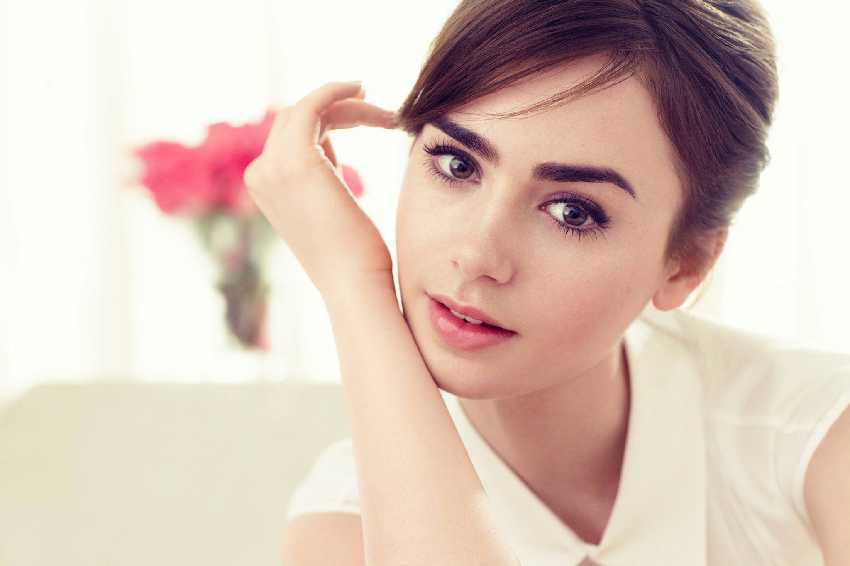 Audrey Hepburn Eyebrows - Lilly Collins