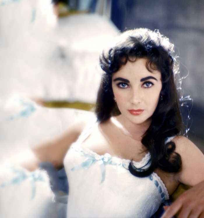 Elizabeth Taylor Eye Color -Blue - Purple Eyes?